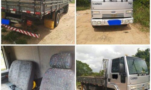 [Vende-se Caminhão Cargo 712 2010/11]