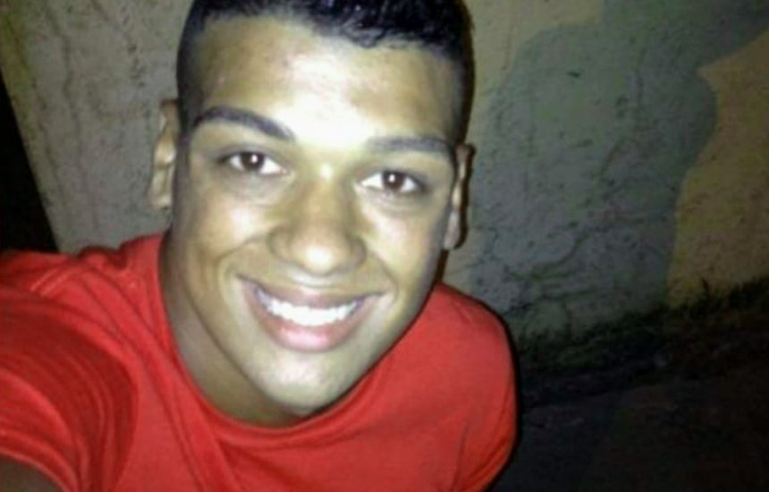 [Jovem de 18 anos morre após sofrer convulsão em rio na cidade de Ilhéus]