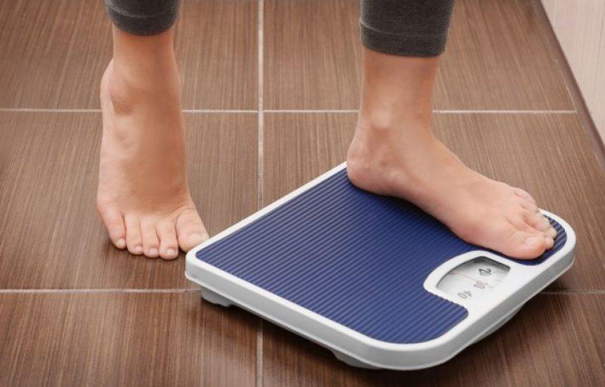 [Dieta muito popular no Brasil é eleita PIOR pela 3ª vez: faz engordar ainda mais]