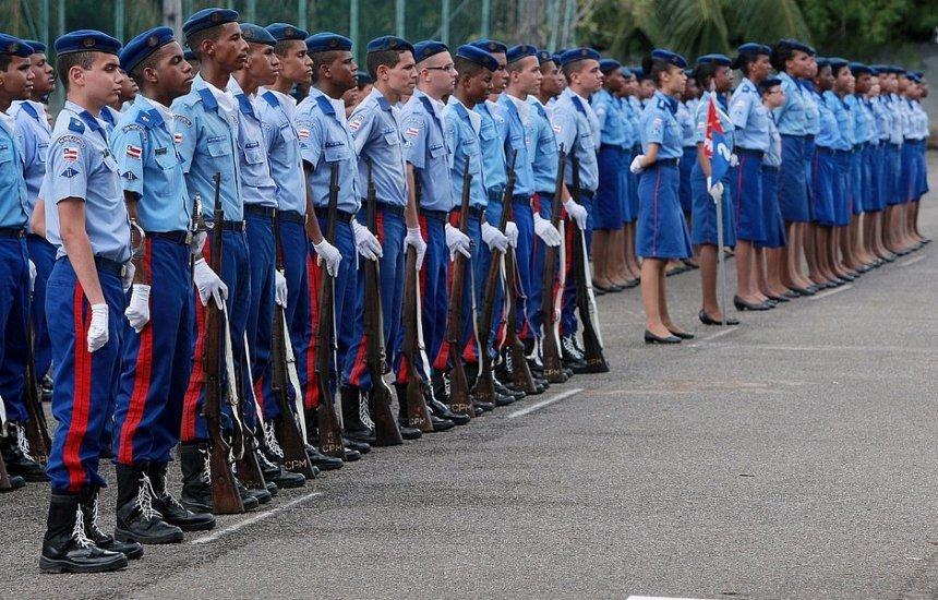[Polícia Militar sorteia 2.414 vagas para os colégios e creche da PMBA]