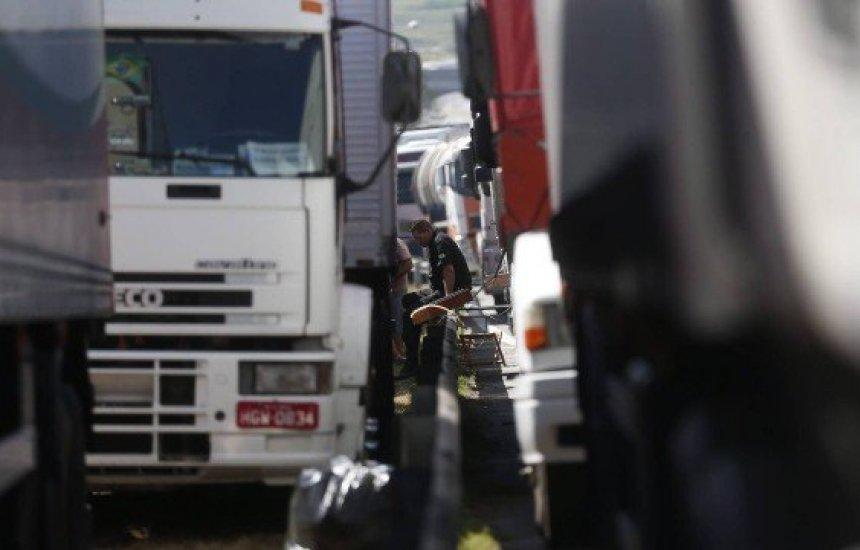 [Redução de preço do combustível é maior reivindicação de caminhoneiros]
