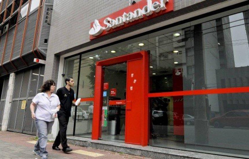 [Banco Santander tem 400 vagas para estágio; CLN contrata para atuar em Camaçari]