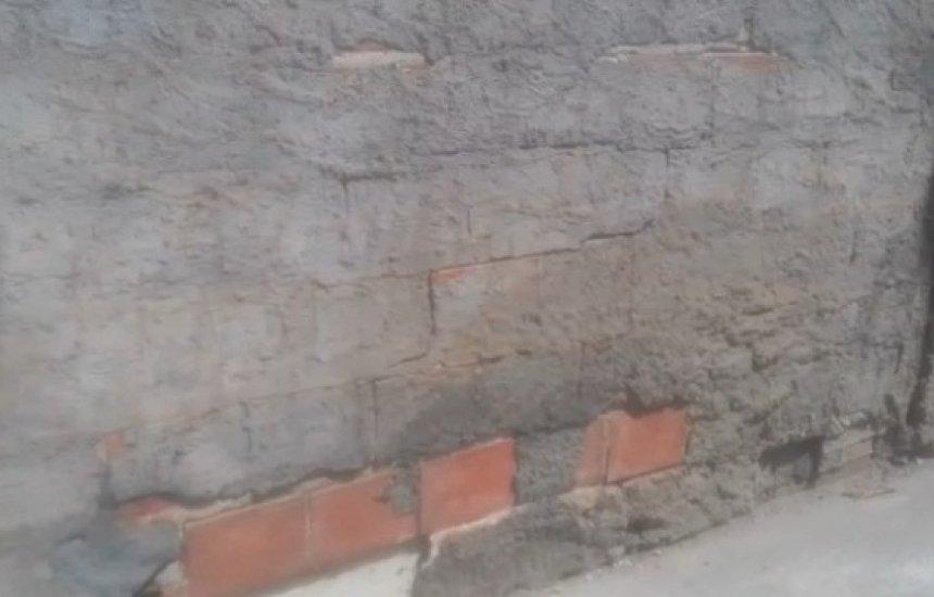 [Leitor alerta para muro rachado próximo a escola do Parque Verde; vídeo]
