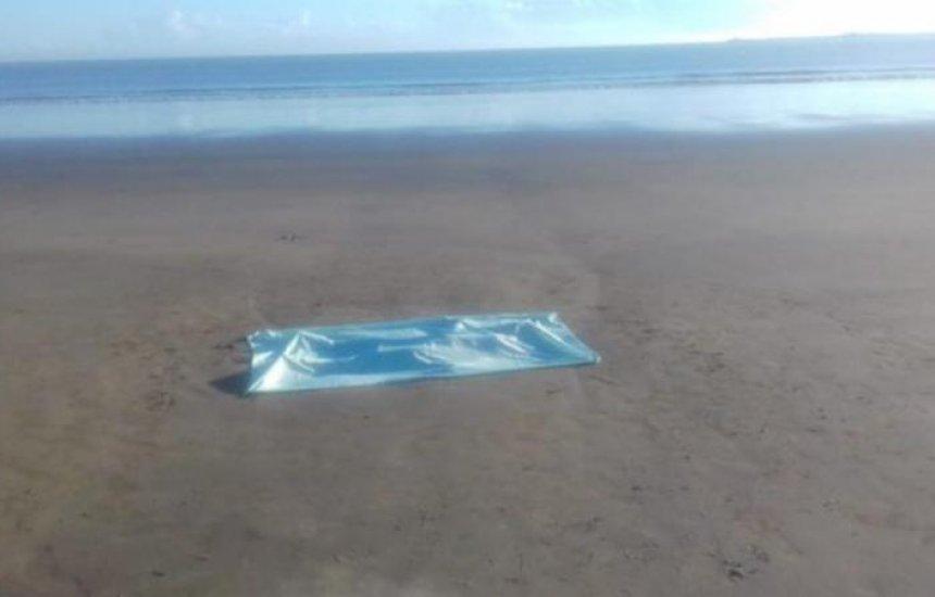 [Mulher é encontrada morta em praia na Bahia; vítima tinha marcas de violência]