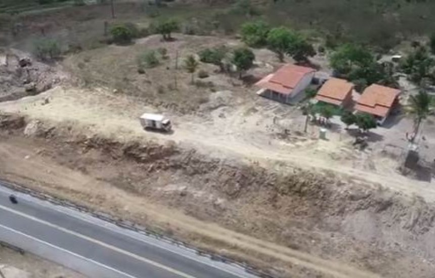 VIABAHIA executa mais uma etapa de detonação de rochas na BR-116