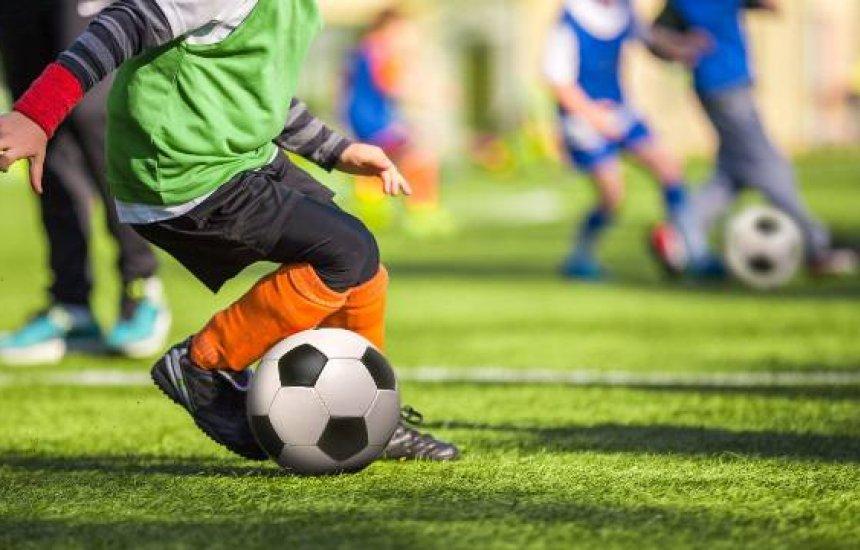 Costa de Camaçari tem campeonato voltado para escolinhas de futebol