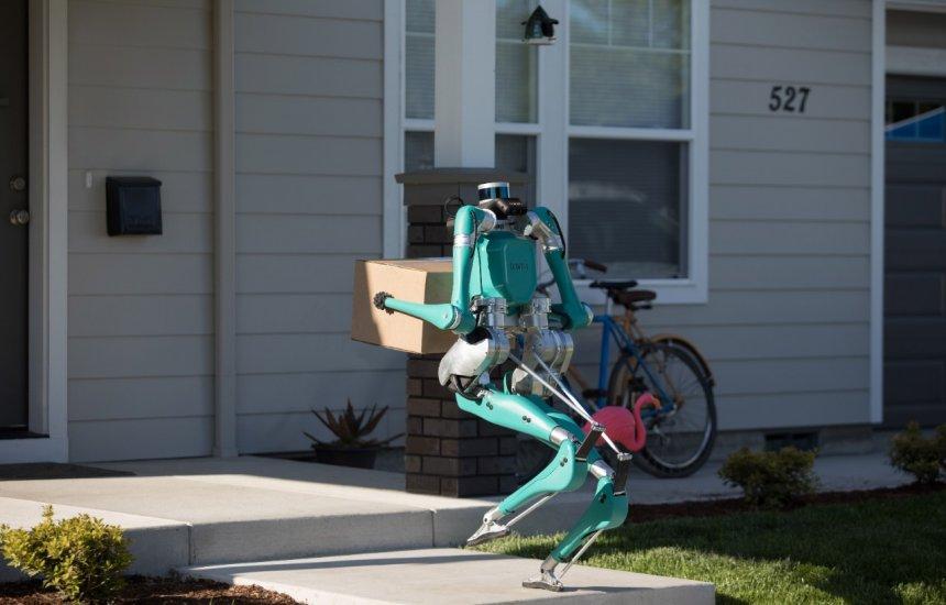 [Ford apresenta robô inteligente para entregas com veículos autônomos]