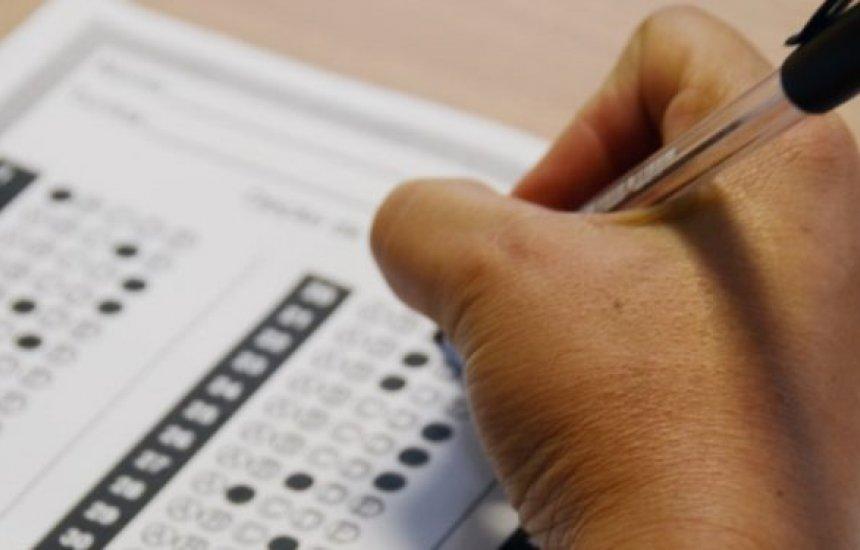[Mais de 8 mil candidatos realizam provas de concurso para auditor fiscal]