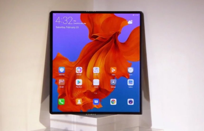 [Huawei adia lançamento do Mate X para realizar mais testes]