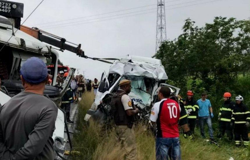 [Sobreviventes de acidente grave que matou 8 não correm risco de morte]