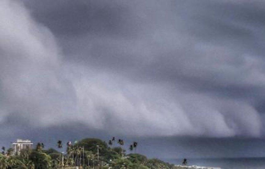 [Previsão é de muita chuva em Salvador e Aracaju nesta quinta]