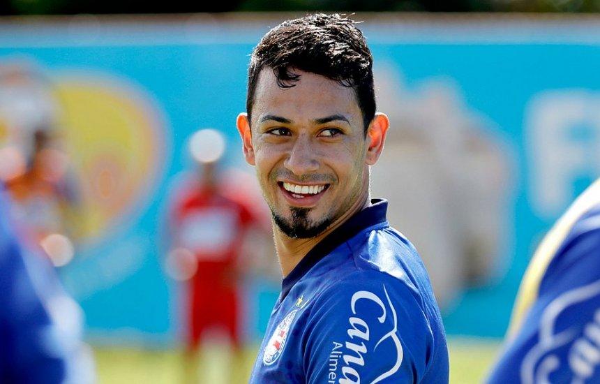 [Lucca e Ronaldo são regularizados e podem estrear pelo Bahia]