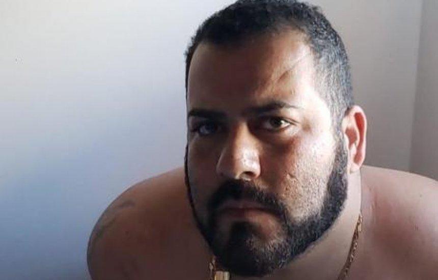 [Pai que fugiu com doações para filho com doença rara é preso em Salvador]