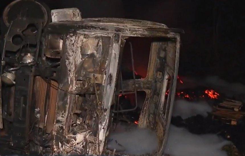 [Vítimas de acidente grave entre ônibus e carreta no sul da BA são identificadas]