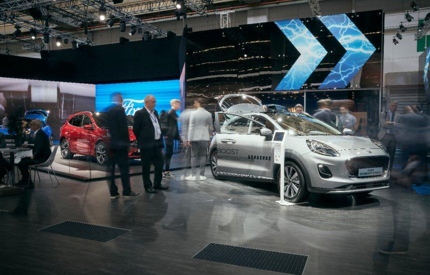 [Ford apresenta nova geração de veículos elétricos no Salão de Frankfurt]