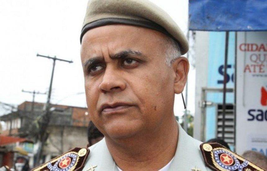 ['PM não está em greve', garante comandante; policiamento normal em toda Bahia]