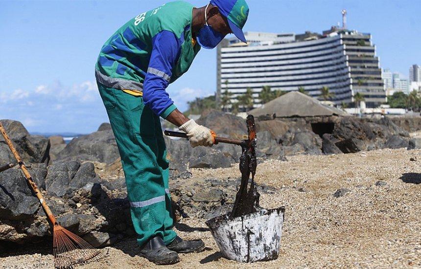 [Descoberto provável local de origem do óleo que invadiu praias do Nordeste]