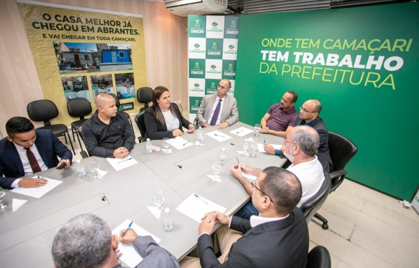[Segurança pública é tema de reunião entre Elinaldo e representante do governo federal]