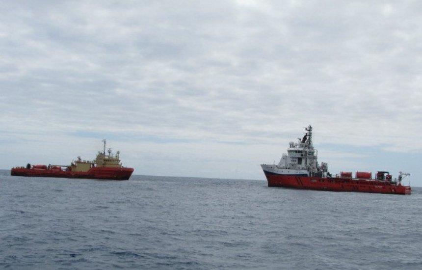 [Petrobras disponibiliza novos recursos para retirada de óleo nas praias do Nordeste]