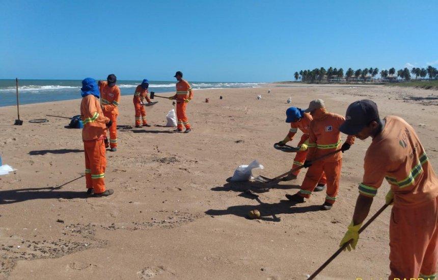 [CLN participa de remoção de óleo nas praias do Litoral Norte]