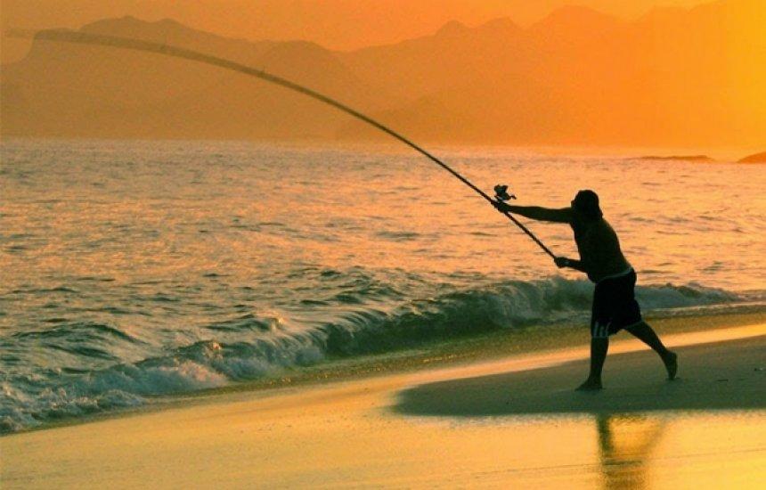 ['Não é assim': autor de estudo diz que pesca não está liberada nas praias baianas]