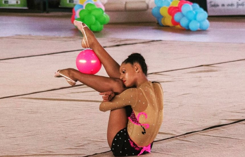 [Ginasta camaçariense participa de Jogos Escolares da Juventude em Blumenau]