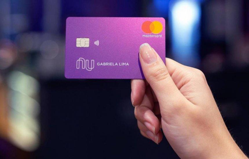 [Novo golpe usa cartão Nubank para roubar dados dos usuários]