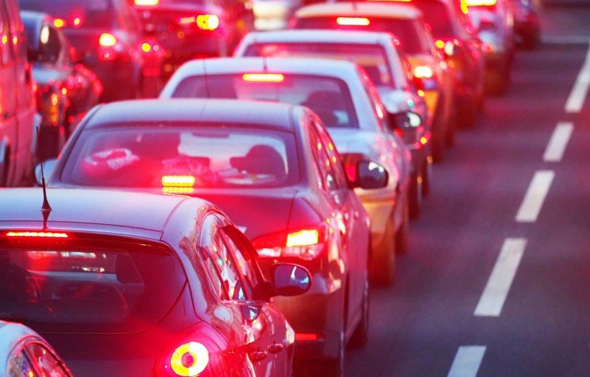 [Ford e Microsoft pesquisam a redução dos congestionamentos com a computação]