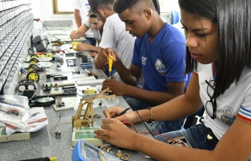 [Bahia abre mais de 12 mil vagas em cursos técnicos de nível médio]