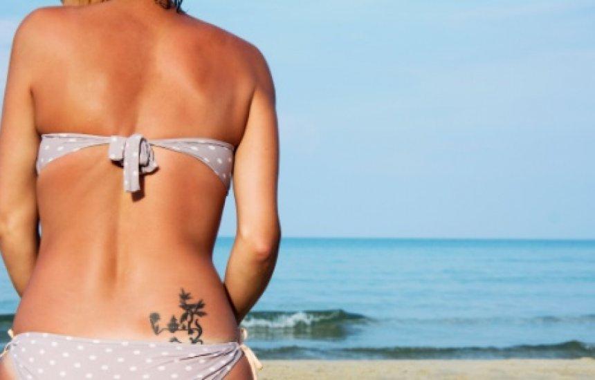[Cuidados com tatuagem devem ser redobrados no verão]
