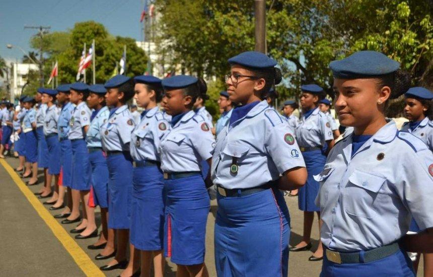 [Polícia Militar divulga listas de sorteados para colégios e creche da instituição]
