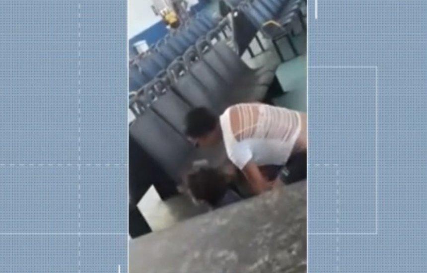 [Tiroteio no Ferry Boat acaba em homem sendo morto por policiais]