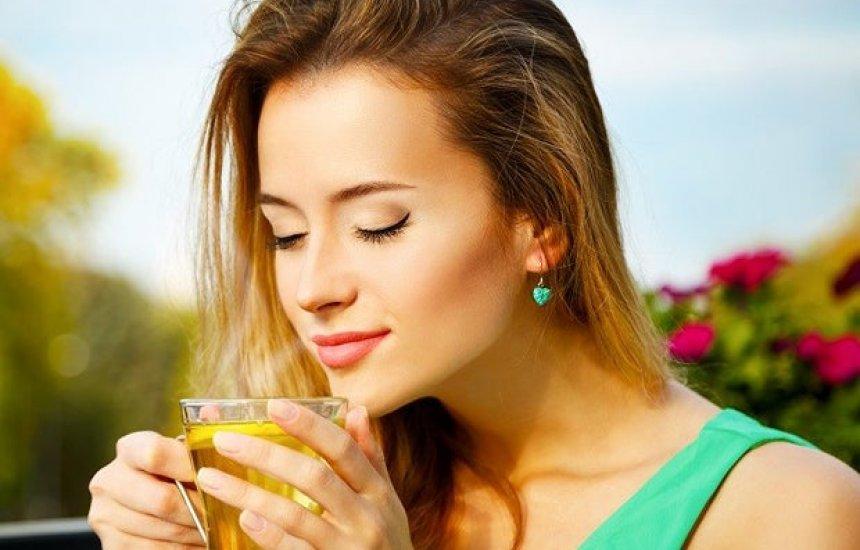 [Quer emagrecer? Confira quatro frutas para fazer chá com efeito emagrecedor]