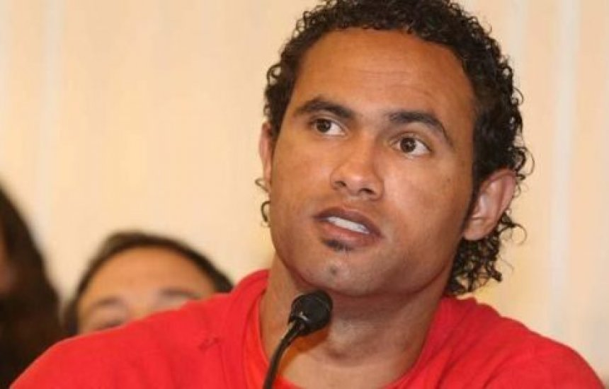 Depois de ser negado na Bahia, goleiro Bruno recebe proposta de outro clube