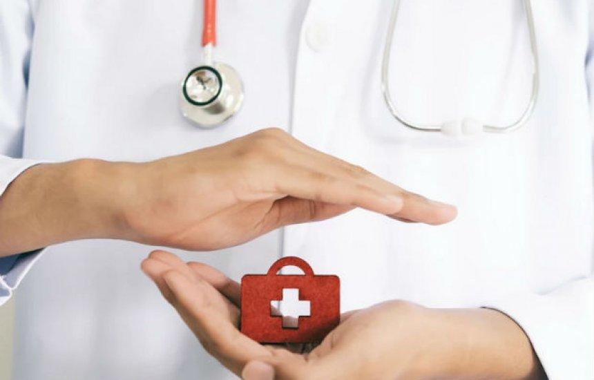 [Plano de saúde: Operadora exclui de convênio dependentes acima de 25 anos]