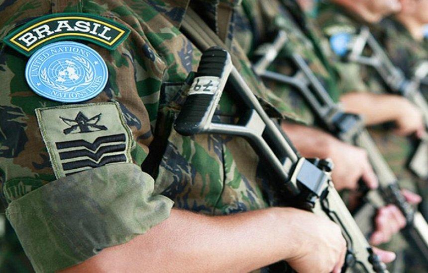 [Bolsonaro autoriza envio de Forças Armadas ao Ceará]