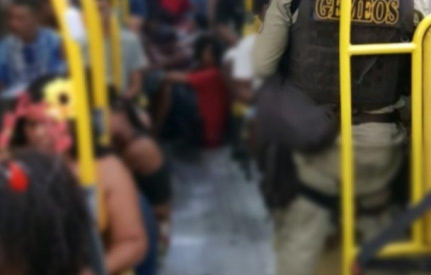 [52 pessoas foram conduzidas por vandalizarem ônibus]