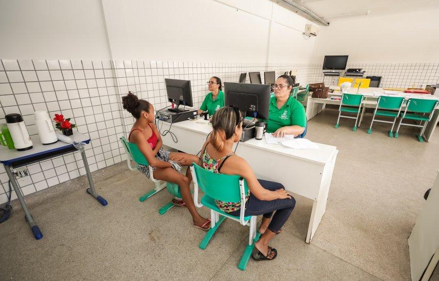 [Cerca de 25 mil alunos estão matriculados na rede municipal de Camaçari]