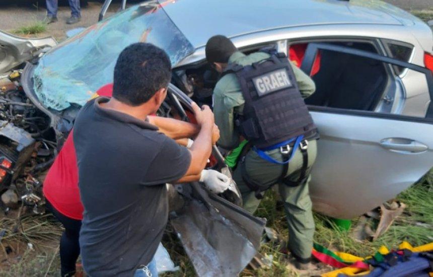[Acidente entre quatro carros deixa um morto e seis feridos; uma das vítimas está no HGC]