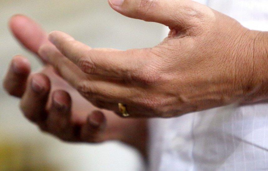 Medo do coronavírus: Arquidiocese recomenda 'não dar as mãos no Pai-Nosso'