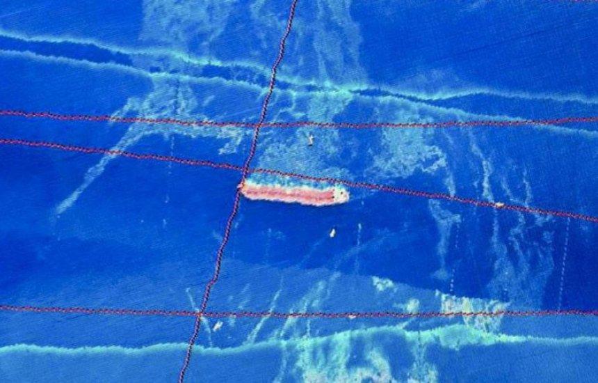 [Ibama detecta óleo perto de navio encalhado no Nordeste]