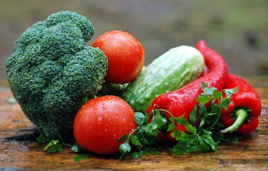[Alimentação e hábitos saudáveis fortalecem sistema imunológico durante isolamento]