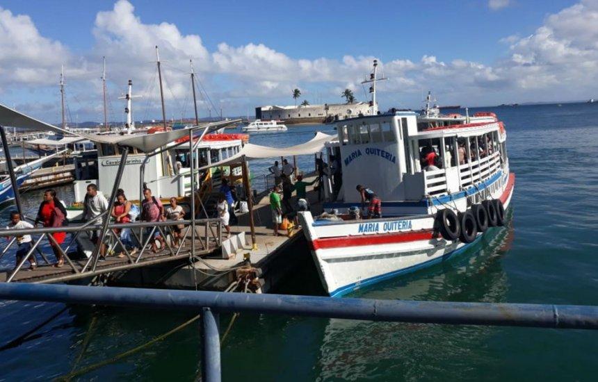 [Seis embarcações operam na travessia Salvador-Mar Grande]
