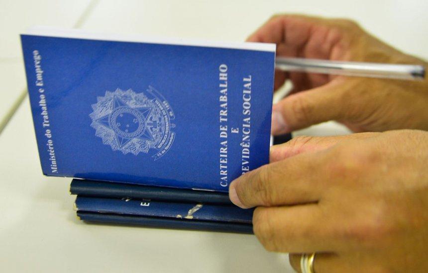 [Mais de 1 milhão de brasileiros já perderam o emprego ou tiveram corte de salários após o coronavírus]
