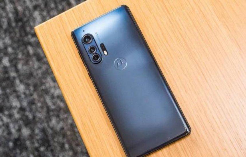 [Motorola Edge Plus é o poderoso topo de linha que muitos aguardavam]