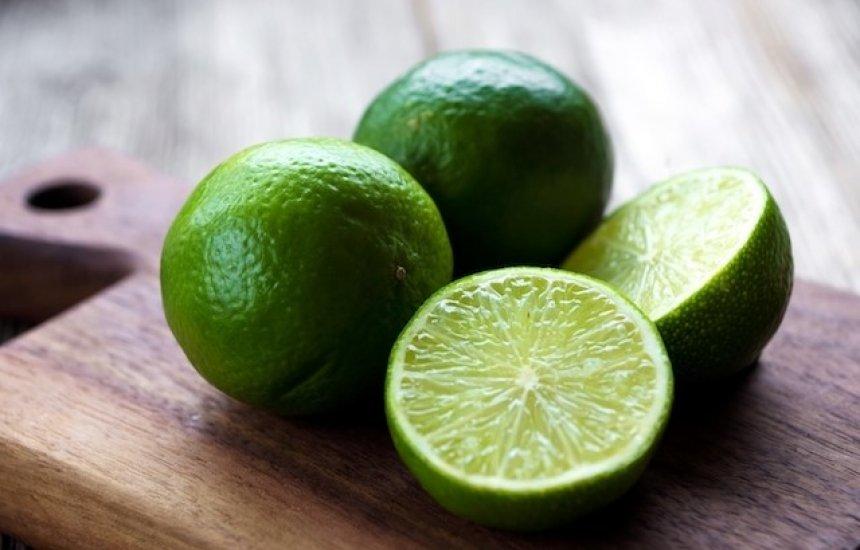 [Limão trata a anemia, acelera a cicatrização e diminui o inchaço]