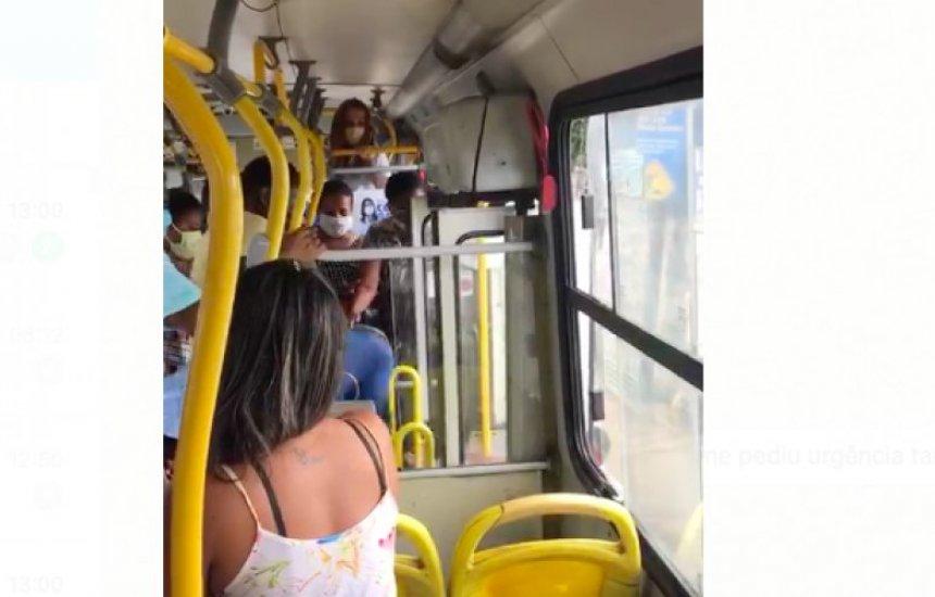 [Passageiros expulsam mulher a pontapés de ônibus em Salvador por não usar máscara]