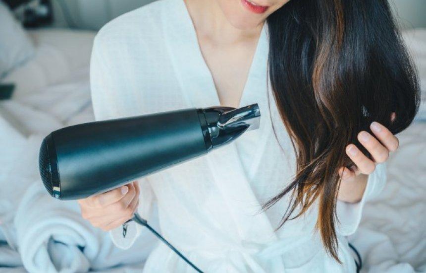 [Frio e quarentena: veja como cuidar dos cabelos nesse momento]