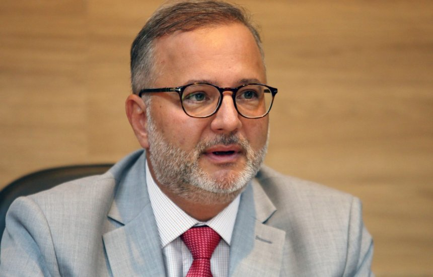 ['Não é o momento de flexibilizar medidas de combate ao coronavírus', alerta secretário Fábio Vilas-Boas]