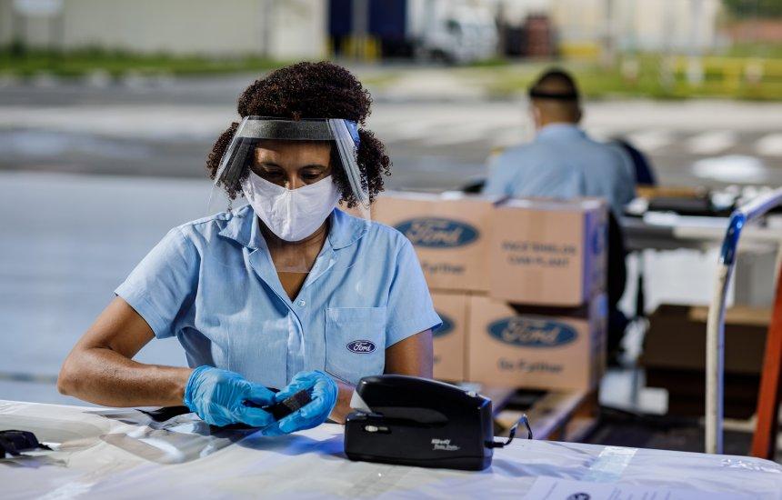 Ford: Mais de 8 mil máscaras são doadas para municípios de Simões Filho, Candeias e Lauro